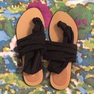 Black stretchy thong sandals